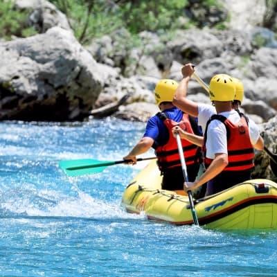 Rafting dans le canyon