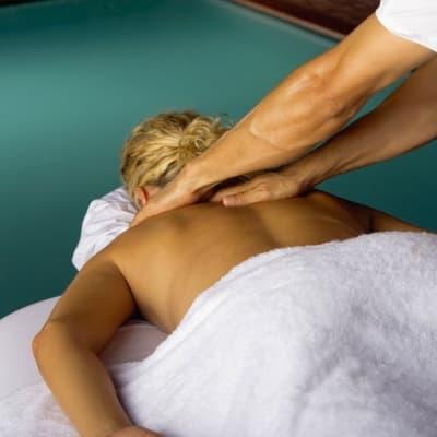 Jacuzzi et Massages à l'hôtel du Lac Sacacomie