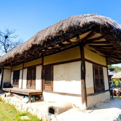 Nuit dans une maison traditionnelle à Andong