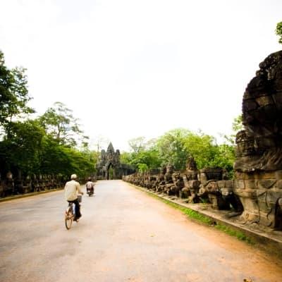 Le site d'Angkor à bicyclette