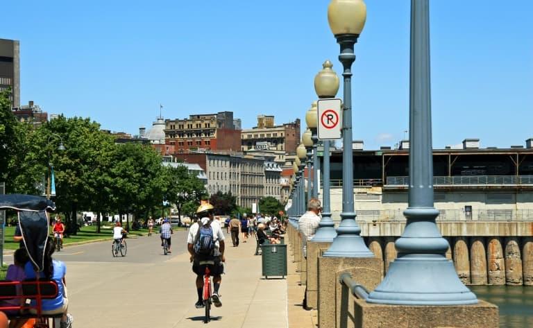 Tour de Montréal en vélo
