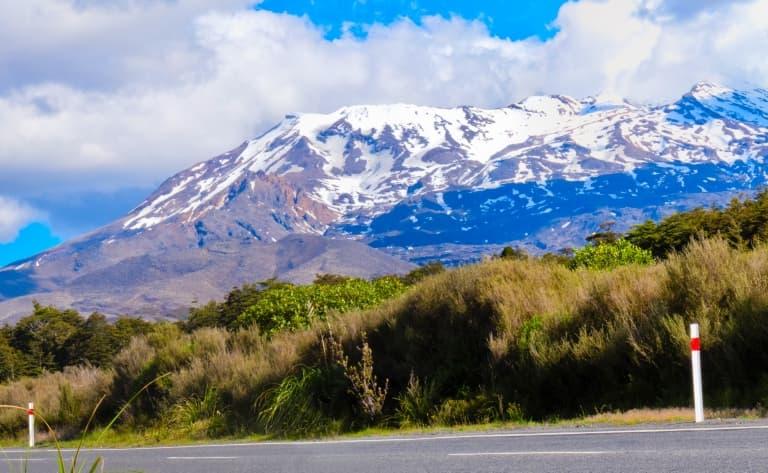Journée de randonnée entre lacs et volcans