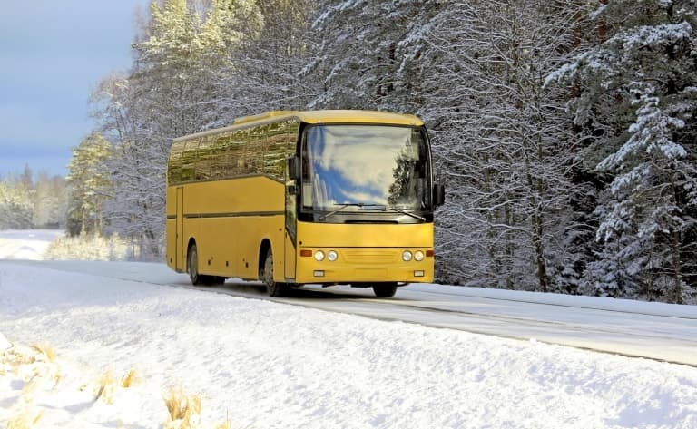 Bus des neiges sur le glacier Columbia Icefield