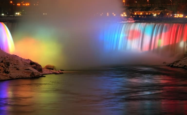 Journée d'excursion à Niagara Falls (9H30)