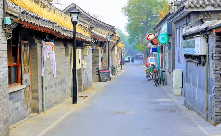 Balade en cyclo-pousse et déjeuner dans les Hutong ou dans un restaurant Hakka autour du lac Houhai