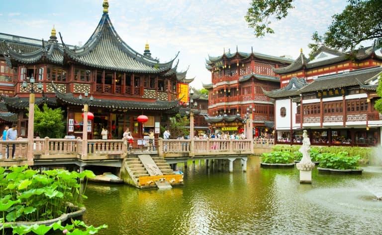 Le Temple du Bouddha de Jade, le nouveau Musée d'art et d'Histoire, la Vieille ville & le Jardin Yu
