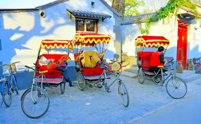 Balade en cyclo-pousse et déjeuner dans les Hutong