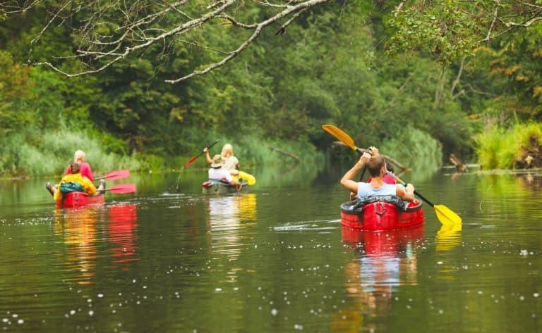 Canoë sur la rivière Macal