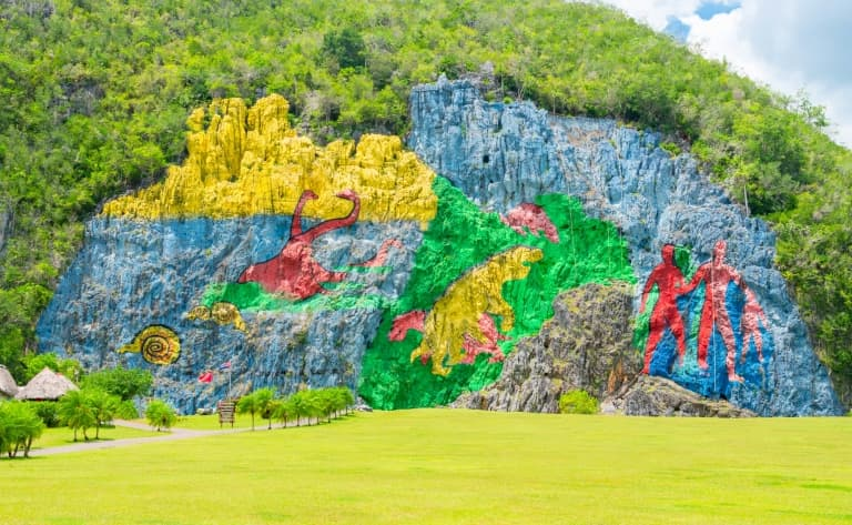 La grotte de l'Indien et le mural de la Préhistoire…