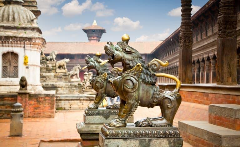 Visite des plus anciens sites du Népal