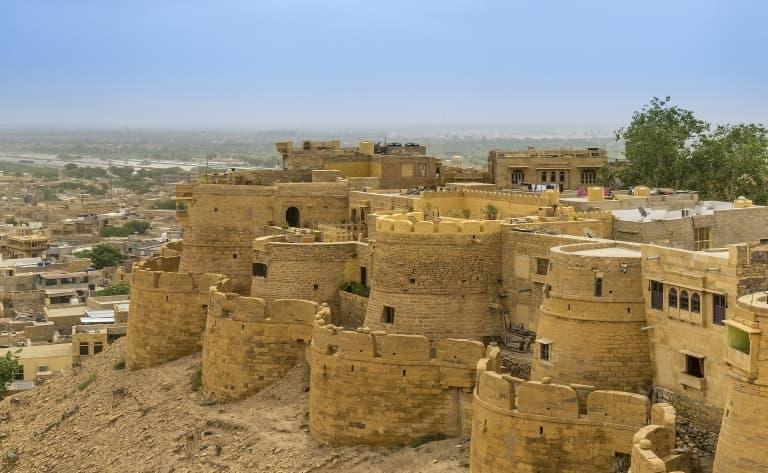Route vers les portes du désert du Thar