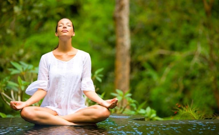 Marché, cours de cuisine, shopping, cours de danse et méditation