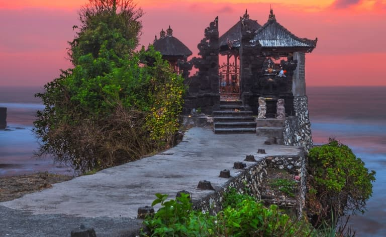 100% farniente et temple de Tanah Lot