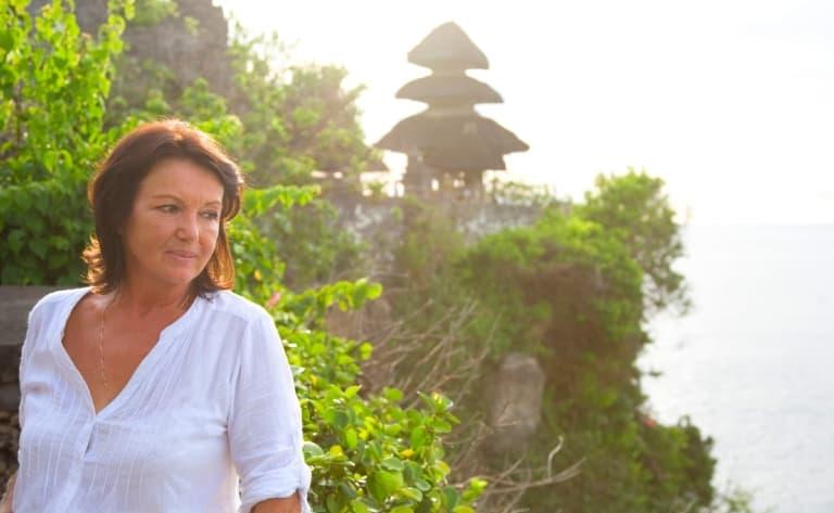 Visite du temple d'Uluwatu, détente sur la plage