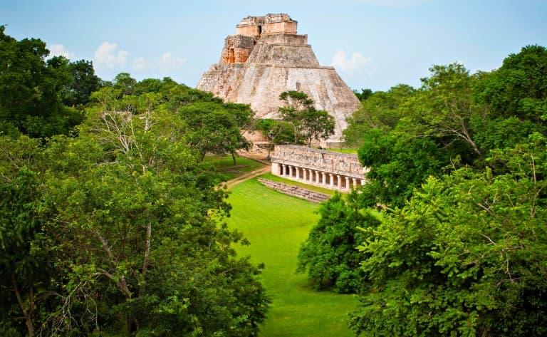 Des demeures coloniales aux pyramides d'Uxmal !