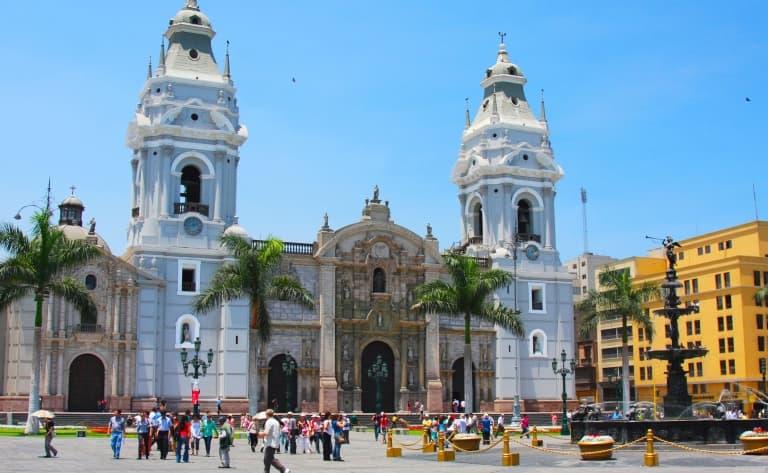 Holà Lima !