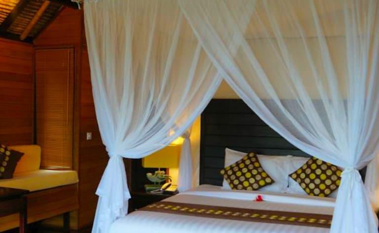Hotel Sidemen