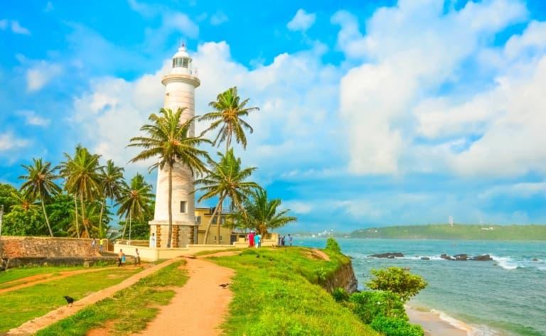 Phare de Dondra : le point plus méridional de l'île !