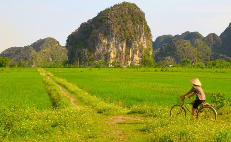 Les environs de Hué à vélo et en bateau