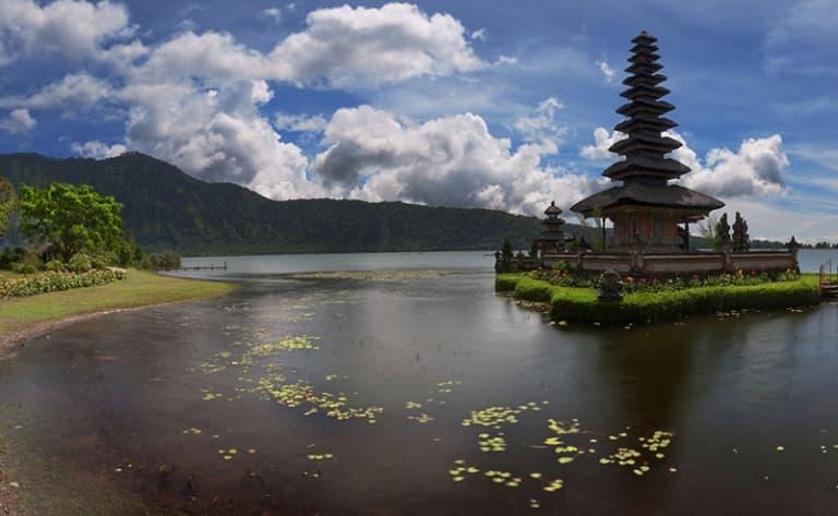 A l'Est de Bali